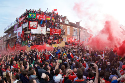 Liverpool fans welcome coach