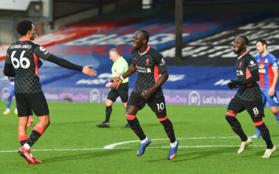 Liverpool's Sadio Mané celebrates after scoring the second goal during the FA Premier League match between Crystal Palace FC and Liverpool FC at Selhurst Park
