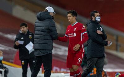 Liverpool's Roberto Firmino shakes hands with manager Jürgen Klopp