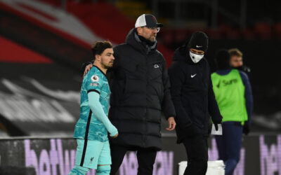 Liverpool's manager Jürgen Klopp prepares to bring on substitute Xherdan Shaqiri during the FA Premier League match between Southampton FC and Liverpool FC at St Mary's Stadium