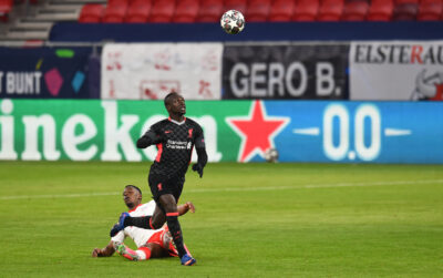 Liverpool's Sadio Mané runs through to score the second goal during the UEFA Champions League Round of 16 1st Leg game between RB Leipzig and Liverpool FC at the Puskás Aréna