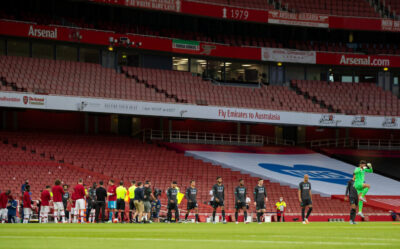 Arsenal players give Champions Liverpool a Guard of Honour before the FA Premier League match between Arsenal FC and Liverpool FC at the Emirates Stadium