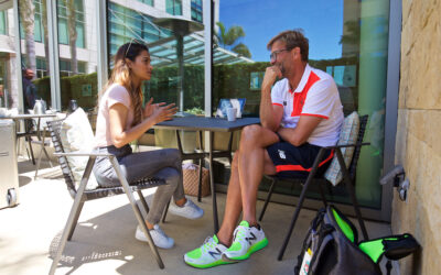 PALO ALTO, USA - Saturday, July 30, 2016: Liverpool manager Jürgen Klopp speaks to Melissa Reddy from Goal.com at the Four Seasons Hotel on day ten of the club's USA Pre-season Tour.