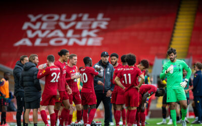 Sunday, July 5, 2020: Liverpool's manager Jürgen Klopp speaks to his players during a water break during the FA Premier League match between Liverpool FC and Aston Villa FC at Anfield. The game was played behind closed doors due to the UK government's social distancing laws during the Coronavirus COVID-19 Pandemic.