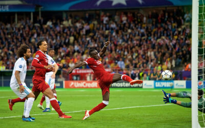 Liverpool's Sadio Mane scores the first goal to equalise the score at 1-1 during the UEFA Champions League Final match between Real Madrid CF and Liverpool FC at the NSC Olimpiyskiy