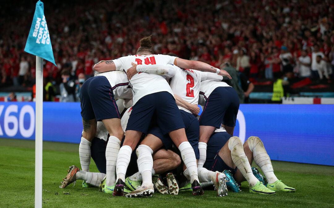 England, LFC's Away Kit & Pre-Season: Weekender