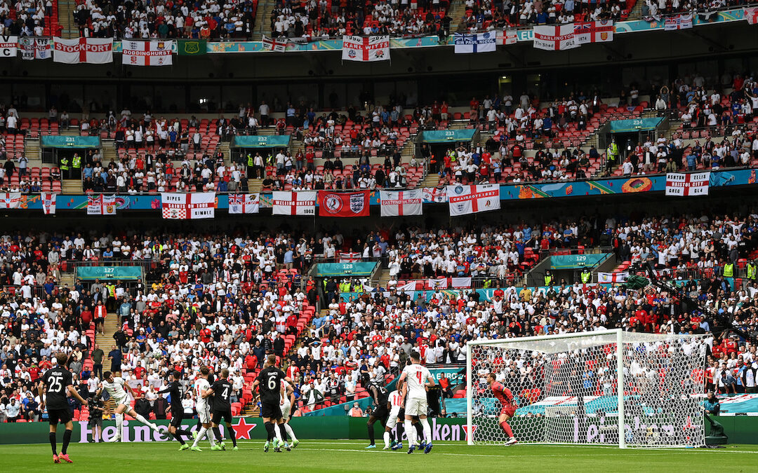 England Fans Banned, Newcastle's Next Manager & Arsenal: Three Strikes